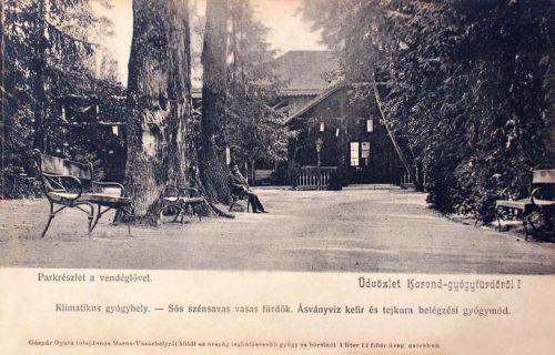 Korondgyógyfürdő:park részlet a vendéglővel.1904
