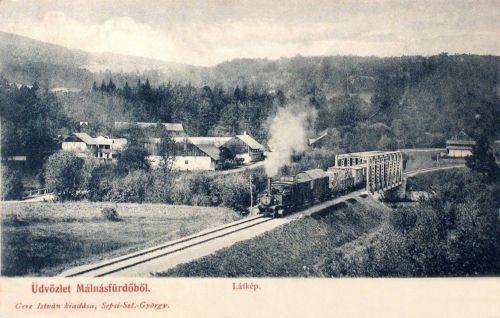 Málnásfürdő:vasúti hid mozdonnyal.1902