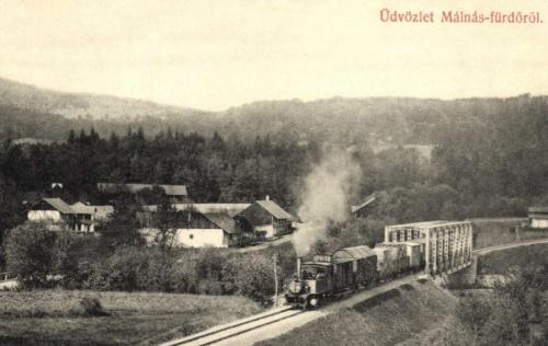Málnás:látkép a vasúti hiddal és mozdonnyal,1908.