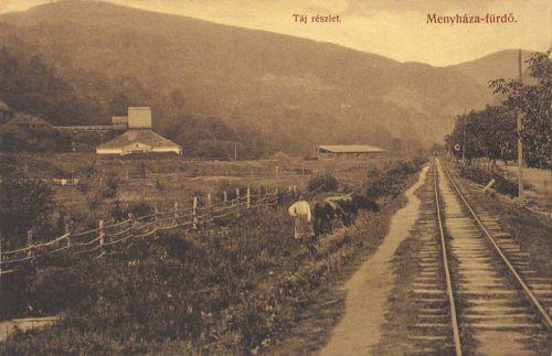 Menyháza fürdő:táj részlet a vasúttal ,balra a kohó.1912