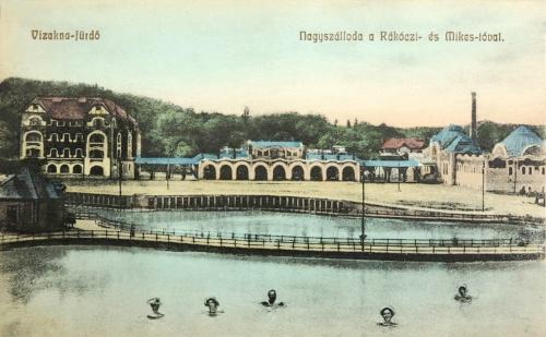 Vizakna:Nagyszálloda a Rákóczi és Mikes tóval.1909