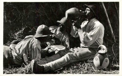 Csik:pihenő az ebédnél,1941.
