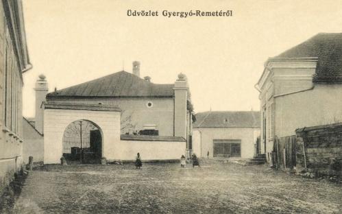 Gyergyóremete:piac tér az üzletekkel,1915.