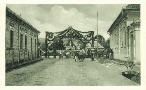 Kászonaltiz:Ezrednap,győztes ütközet ünneplése,1915 június.