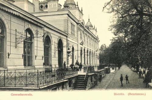 Beszterce:Iparos Egylet Székháza és vendéglője,1906