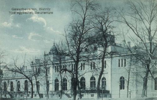 Beszterce:Iparos Egylet székháza,1912