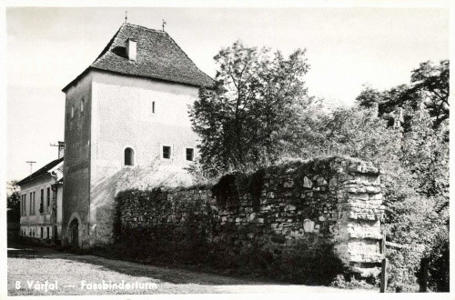 Beszterce:várfal a bástyával,1943