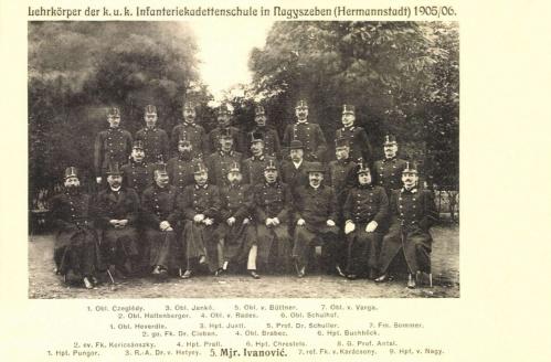 Nagyszeben:Hadapród iskola tanári tiszikara,1905.