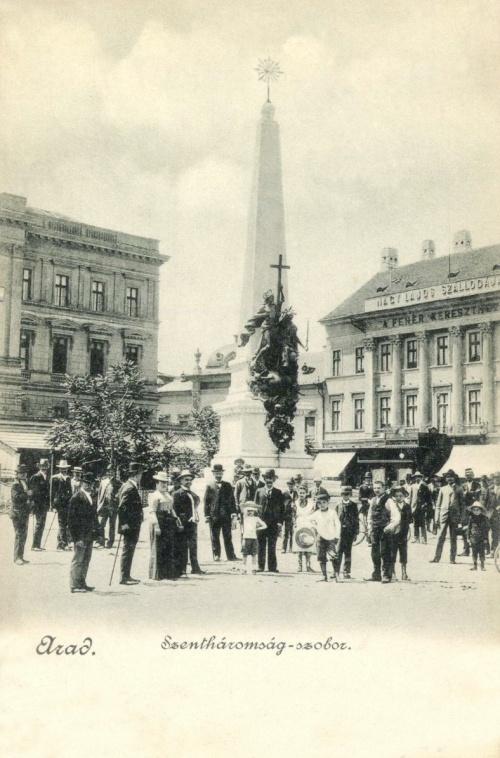 Arad:Szentháromság szobor és 1848-as ereklyemúzeum,1903