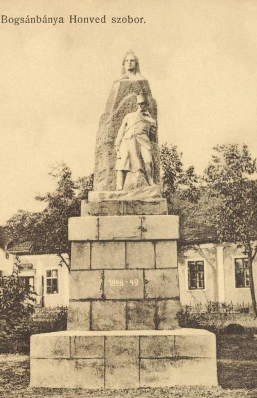 Boksánybánya:1848-as honvéd szobor,1911-ben.