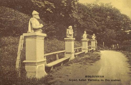 Kolozsvár:Hét vezér szoborcsoport (Árpád,Lehel,Örs...),1908-ban.