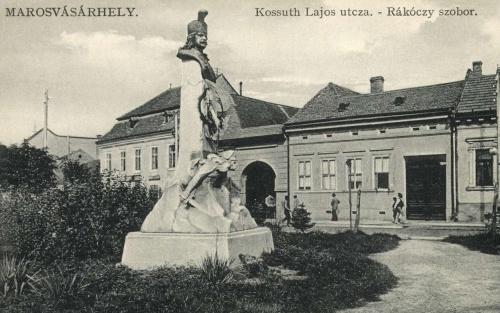 Marosvásárhely:II Rákóczi Ferenc erdélyi fejedelem szobra,1911.