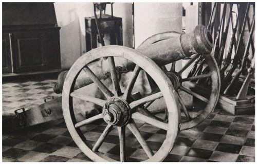 Sepsiszentgyörgy:Gábor Áron rézágyúja a Székely Nemzeti Múzeumban,1944.