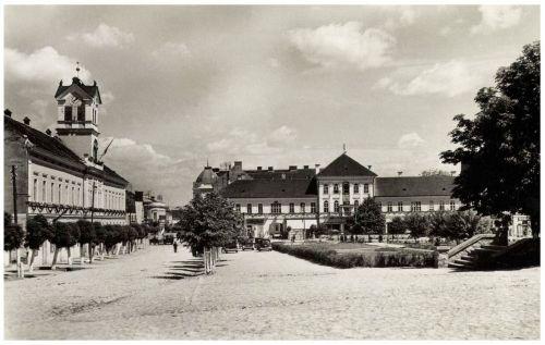 Sepsiszentgyörgy:Főtér,Leányiskola és Városháza,1941.