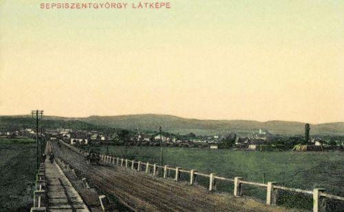 Sepsiszentgyörgy: város látképe az országúttal,1911.