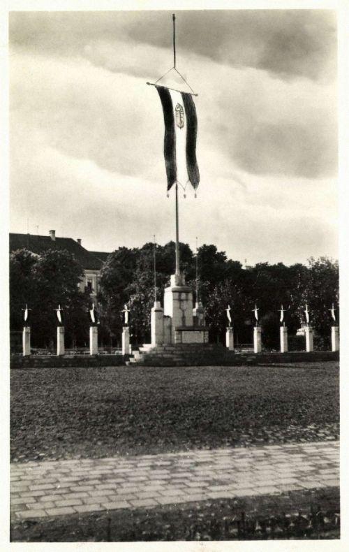 Sepsiszentgyörgy:országzászló,1943.