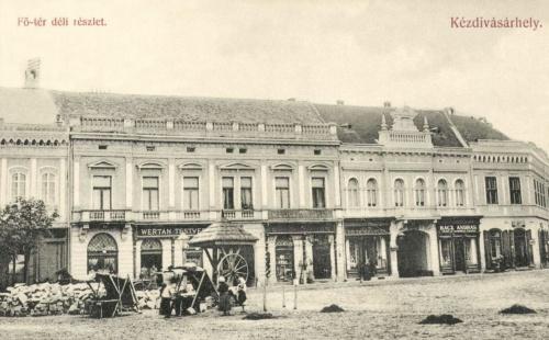 Fő-tér déli részlete:Wertan testvérek és Rácz András üzlete,1909.