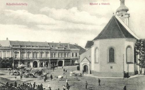 Főtér:vásár és református templom,1908.