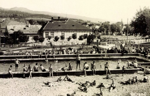 Kovászna:strand,1943.