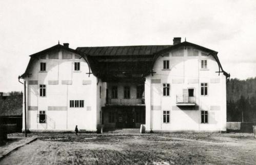 Kommandó:kaszinó,1942
